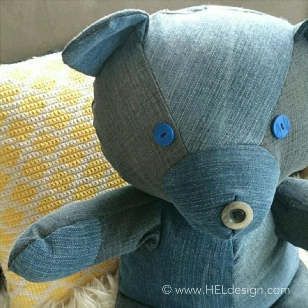DIY – Teddybear from old jeans /// Redesign – Bamse av gamle dongeribukser