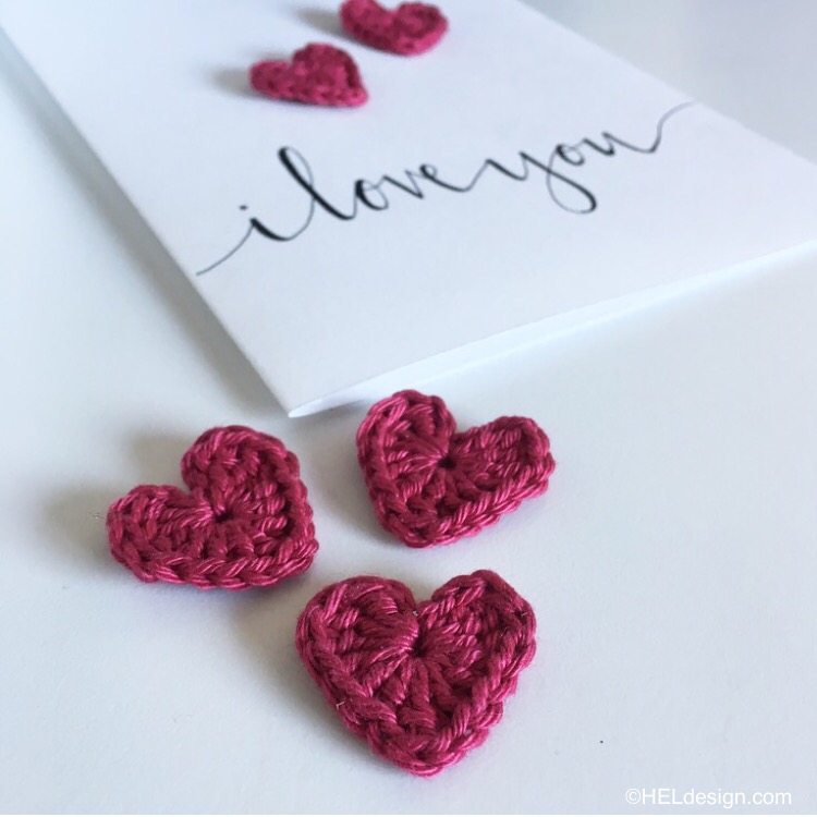 CROCHET HEART for Valentine´s Day card – Free pattern